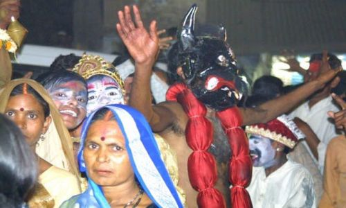 Zdjecie INDIE / Uttar Pradesh / Waranasi / Wielka parada z okazji zaslubin Siwy
