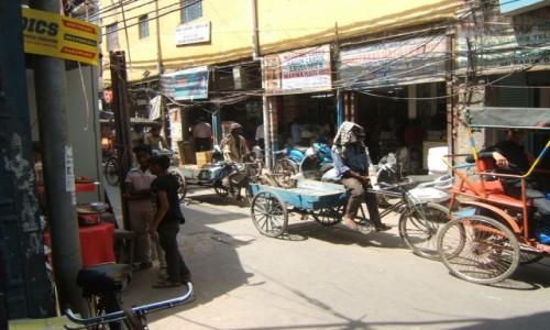 Zdjecie INDIE / New Delhi / New Delhi / Uliczka w Starym Delhi