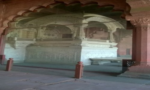 Zdjecie INDIE / New Delhi / New Delhi / Cesarski tron (Czerwony Fort)