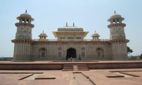 Zdjecie INDIE / Uttar Pradeś / Agra / Itmad-ud-Daulah