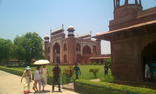 Zdjecie INDIE / Uttar Pradeś / Agra / Brama do Taj Mahal