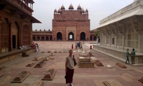 Zdjecie INDIE / Uttar Pradeś / Fatehpur Sikri / Buland Darwaza od strony dziedzińca