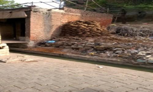 Zdjecie INDIE / Uttar Pradeś / Agra / Placuszki na opał :)