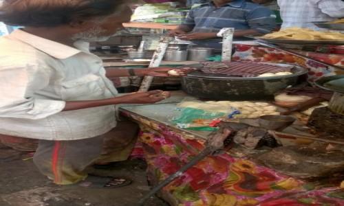 Zdjecie INDIE / Uttar Pradeś / Agra / Kucharz przy pracy