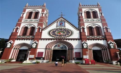Zdjęcie INDIE / Tamilnadu / Puddducherry / Kościoły w Indiach