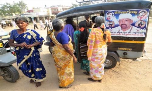 Zdjecie INDIE / Karnataka / Hampi / wejdą, nie wejdą, wejdą