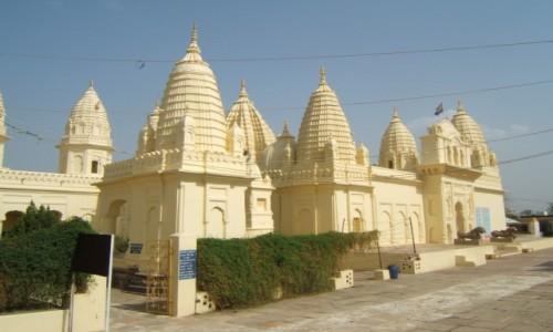 Zdjecie INDIE / Madhya Pradeś / Khajuraho / Dżinijska Świątynia Śantinathy