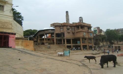 Zdjecie INDIE / Uttar Pradeś / Varanasi / Krematorium dla biednych - ghat Harishchandra