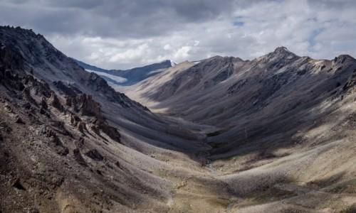 Zdjecie INDIE / Ladakh / Khardung La / dolina...
