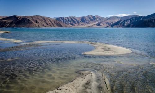 Zdjecie INDIE / Ladakh / Pangong Lake / łachy...