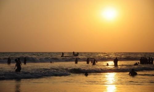 INDIE / Kerala / Varkala / Plaża w Varkali
