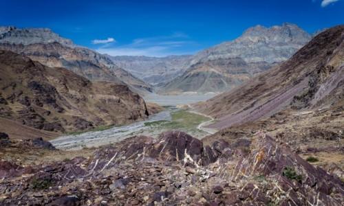 INDIE / Himachal Pradesh / Kunzum La / barwna paleta...