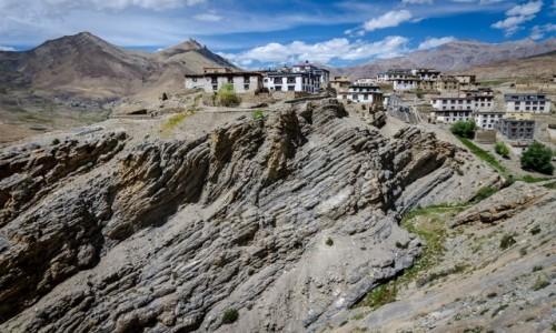 Zdjęcie INDIE / Himachal Pradesh / Komic / na klifie