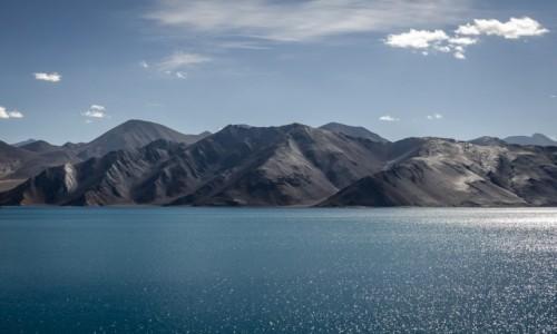 INDIE / Ladakh / Pangong Lake / sen...