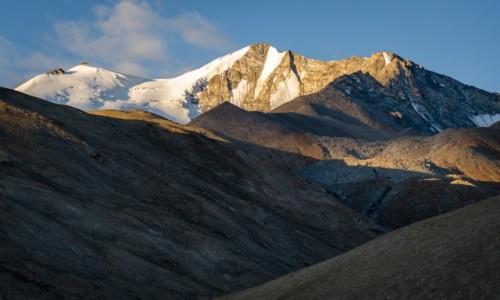 Zdjecie INDIE / Ladakh / Pangong Lake / zachwyt o poranku...