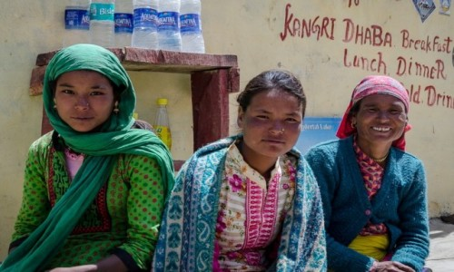 Zdjecie INDIE / Himachal Pradesh / Kunzum La / góralki...