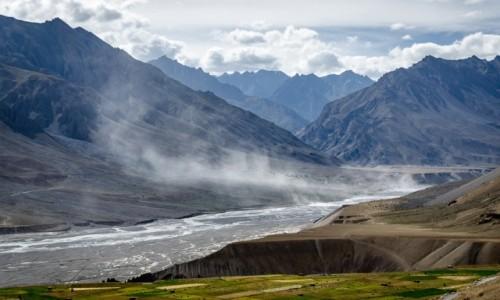 Zdjecie INDIE / Himachal Pradesh / dolina Spiti / taniec wiatru...