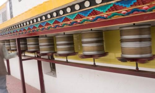 Zdjecie INDIE / Ladakh / Leh / młynki modlitewne