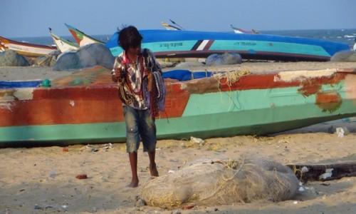 Zdjecie INDIE / Tamilnadu / Mahabalipuram / na plaży