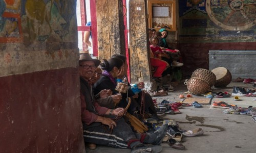 INDIE / Ladakh / Thiksey / modlitwa