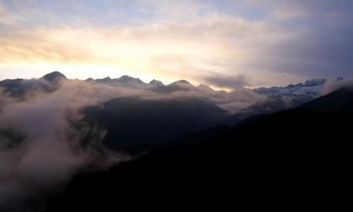 Zdjecie INDIE / Sikkim / Dzongri / Chmury Sikkimu