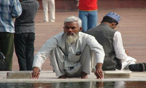 Zdjecie INDIE / brak / Dehli / Przed modlitwą