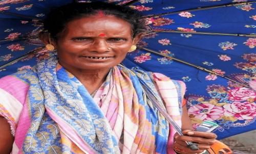 Zdjecie INDIE / Darjeeling / Ulica miasteczka / Hinduska z Bagdogry