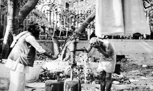 Zdjecie INDIE / Delhi / Delhi / oczyszczające obmycie