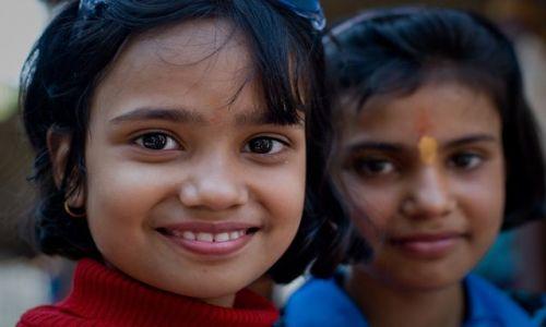 Zdjecie INDIE / Delhi / Delhi / dziewczynki