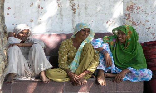 Zdjecie INDIE / Delhi chyba gdzies z pociągu / Delhi / Nasze dziewczyny :)