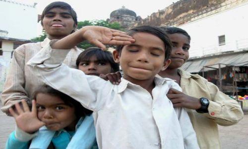 Zdjecie INDIE / Madhya Pradesh / Orcha / Drużyna
