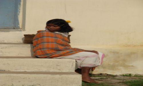 Zdjęcie INDIE / orissa / brak / dziewczyna z plemienia Dongria Kondh