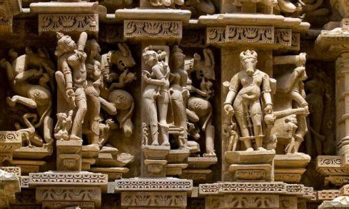 Zdjęcie INDIE / Madhya Pradesh  / Khajuraho / Kamienne rzeżby w Khajuraho