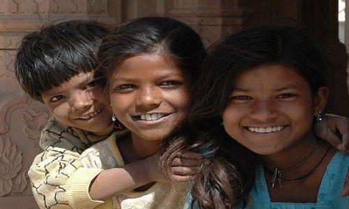 Zdjecie INDIE / Rajasthan / Jaipur  / Sama radość