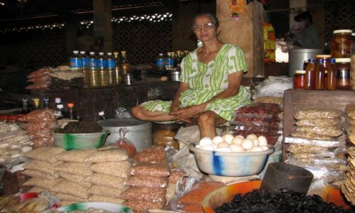 Zdjecie INDIE / Goa / Mapusa / Na rynku w Mapusie