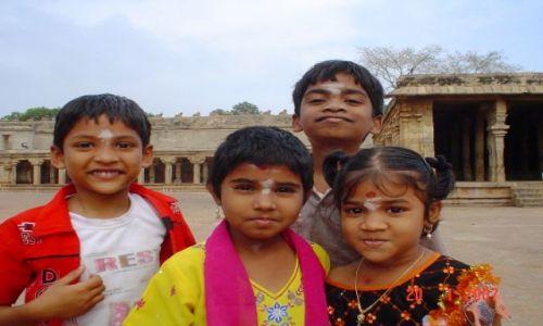 Zdjecie INDIE / Tamil Nadu / Tanjore / INDYJSKIE PORTR