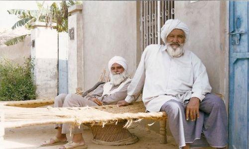 Zdjecie INDIE / Rajastan / pustynia Thar / twarze Indii 2