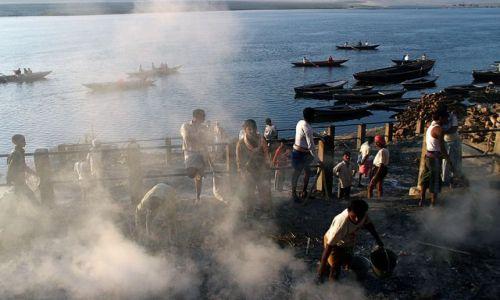 Zdjęcie INDIE / brak / Varanasi / Kremacje