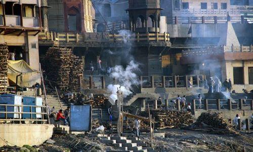 Zdjęcie INDIE / brak / Varanasi / Kremacje 2
