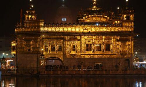 Zdjęcie INDIE / Pendżab / Amritsar / Złota Świątynia