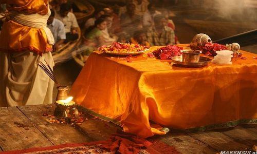 Zdjecie INDIE / brak / Varanasi / Ghaty nocą