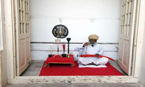 Zdjęcie INDIE / Jodpur / Fort / Strażnik czasu