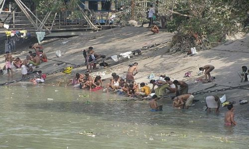 INDIE / Bengal Zachodni / Kalkuta / rzeka Hoogli
