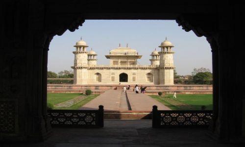 Zdjecie INDIE / brak / Agra / Z bramy