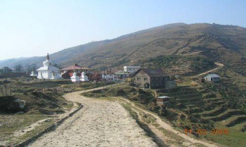INDIE / Bengal Zachodni / trekking Sandakphu / wioska Lameyohura