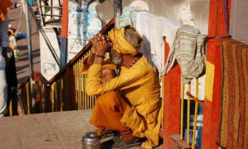 Zdjęcie INDIE / brak / Haridwar / Oczekiwanie
