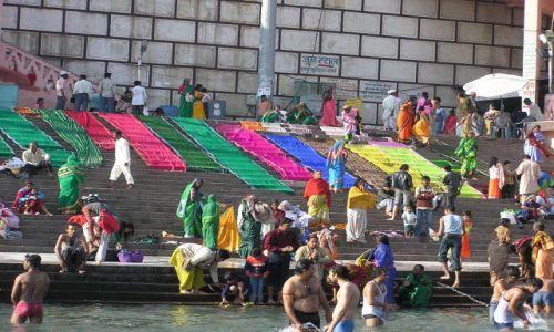 Zdjecie INDIE / Haridwar / Haridwar / prać? PRAĆ!!