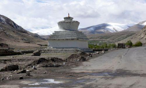 INDIE / Ladakh / Himalaje / Trudna droga