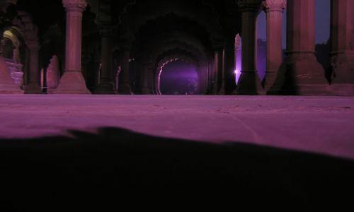 Zdjecie INDIE / New Delhi / New Delhi / ...w Czerwonym