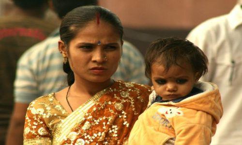 Zdjecie INDIE / brak / NEW DELHI / Dziecięcy Makijaż